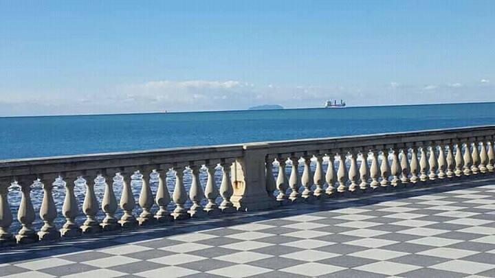 Finestre sul mare a Livorno.  Intera casa