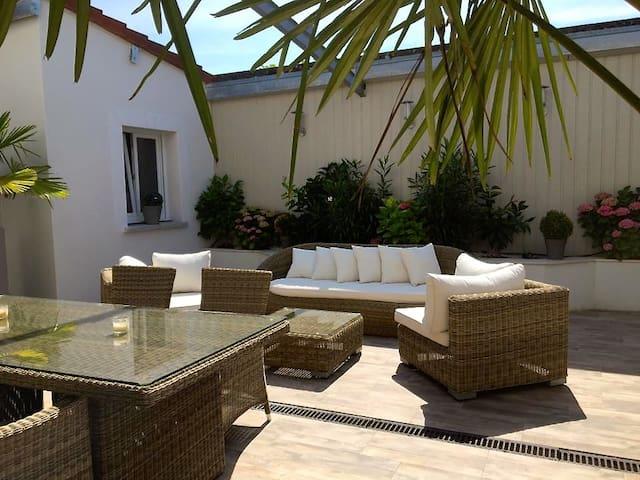 House Indu's / Chambre Romantique - Saint-André-les-Vergers - Bed & Breakfast