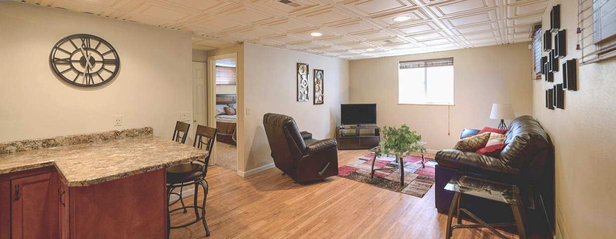 Fully Furnished, Clean, Upscale Housing