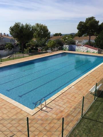 Casa acogedora a 5 minutos playa calafell - El Vendrell - Hus