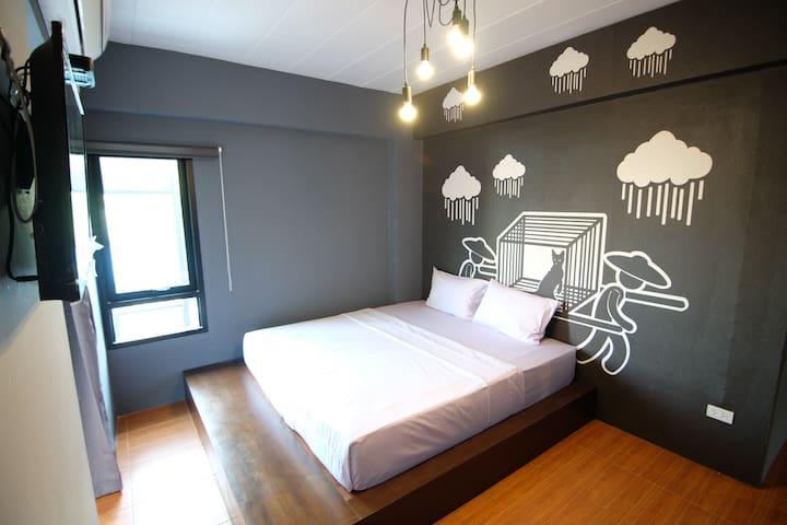 Private Double Room  with shower BTS @ Sukhumvit50