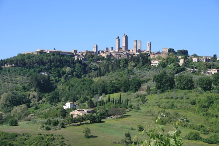 CASALE - Cozy cottage with view over San Gimignano