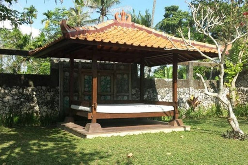 Gazebo at the end of the garden facing the swimming pool