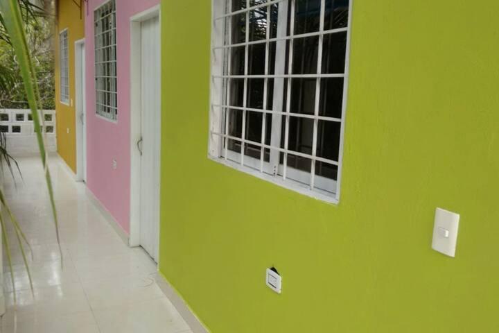 Villa Corales, Habitación #5 Rosa (3-5 personas)