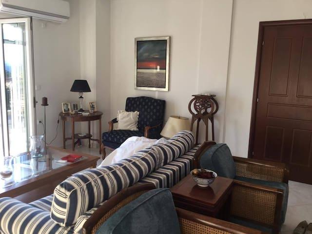 3 Bedroom Apartment in Karavomylos