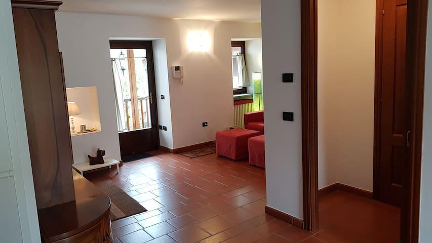 Altra vista del soggiorno