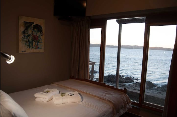 Wake up with a beautiful sea view in the morning