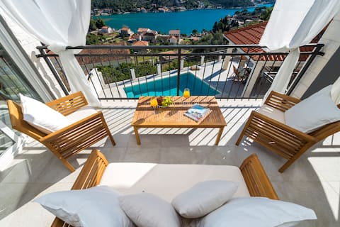 Villa Nila - Spectacular Sea Views