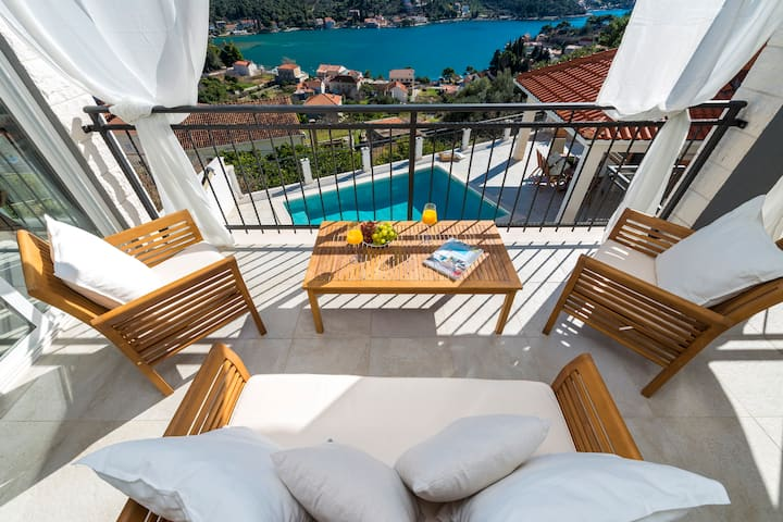 Villa Nila - Spectacular Sea Views