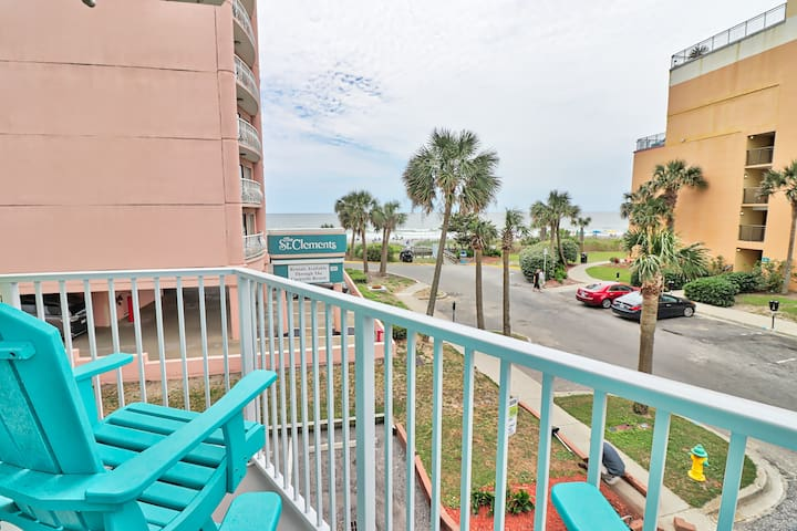 Perfect fun One Bedroom for a beach loving family.