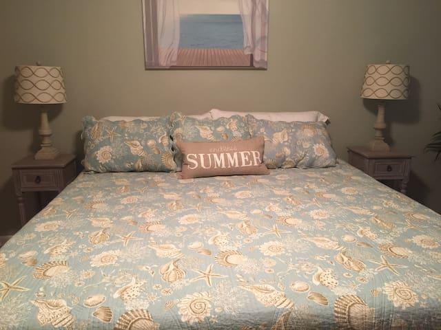 4 Bedroom in Quiet Neighborhood Minutes from A&M