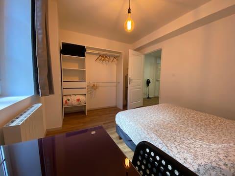 Appartement de 45 m² rénové en cœur de ville
