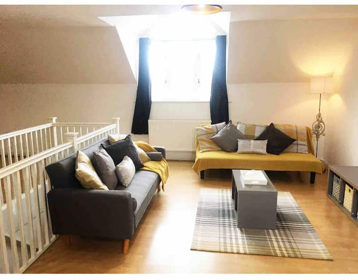 Cosy Entire Flat near A12 & Ipswich Town