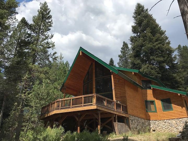 Kokanee Lodge