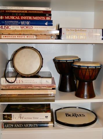 lots of music and art books and instruments