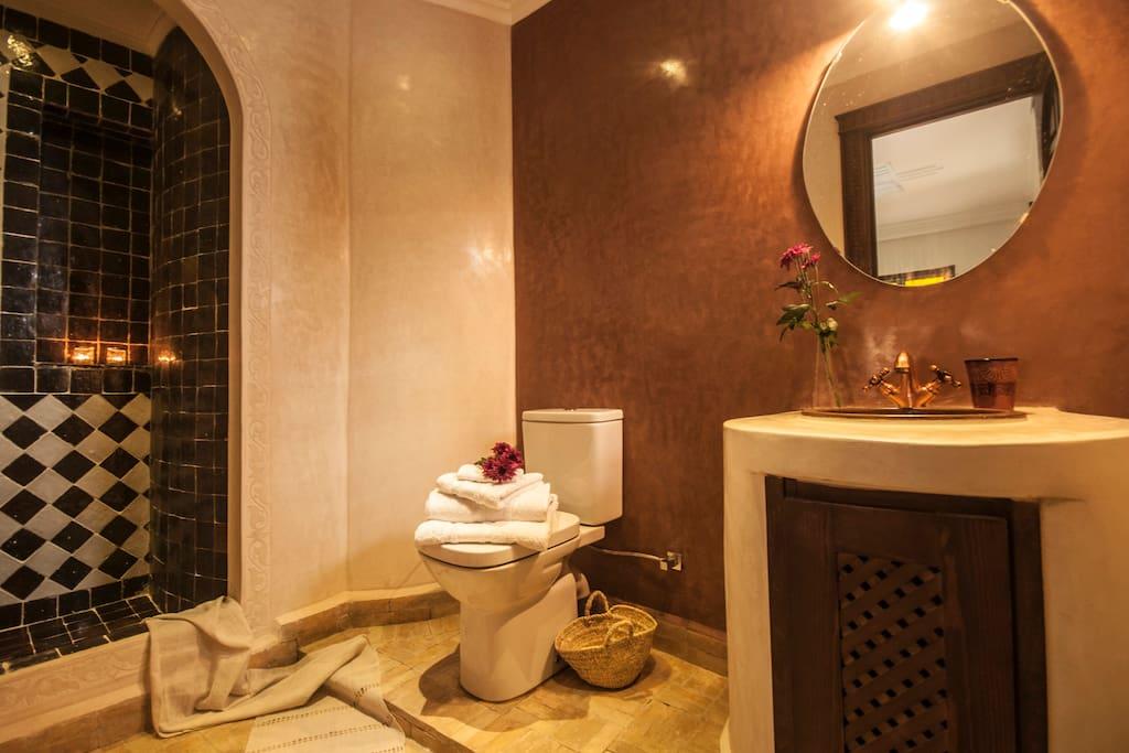 chambre KHAMISS CETTE ANNONCE