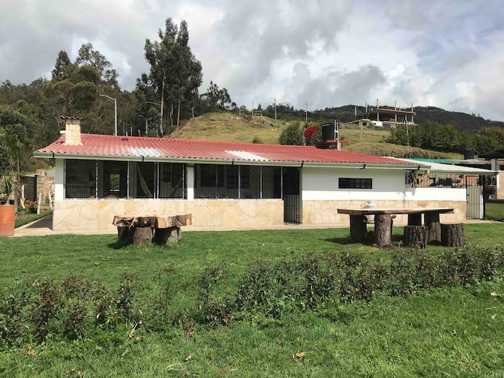 """Peaceful farm with view to the  """"Embalse el Muña"""""""
