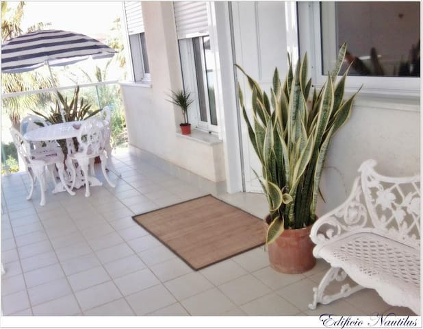 Beautiful apartment in the Beach with swiming pool - Carboneras - Apartamento
