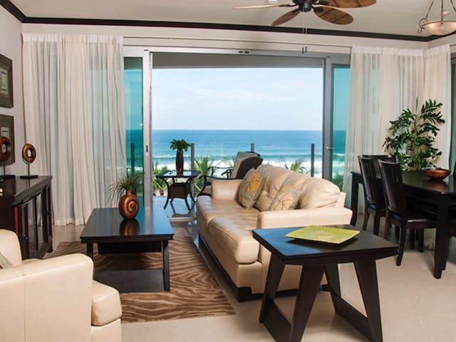 Luxurious Ocean Front Condo North - Jaco - Hus