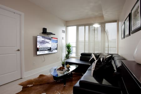 Chic stay in the heart of Toronto - Toronto