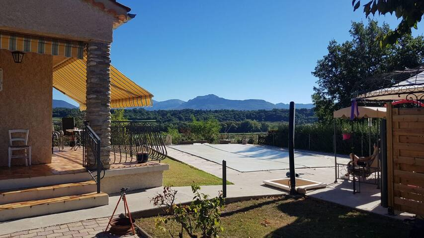 Villa de charme 04-05
