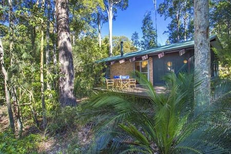 In the bush, near the beach - South Durras - House