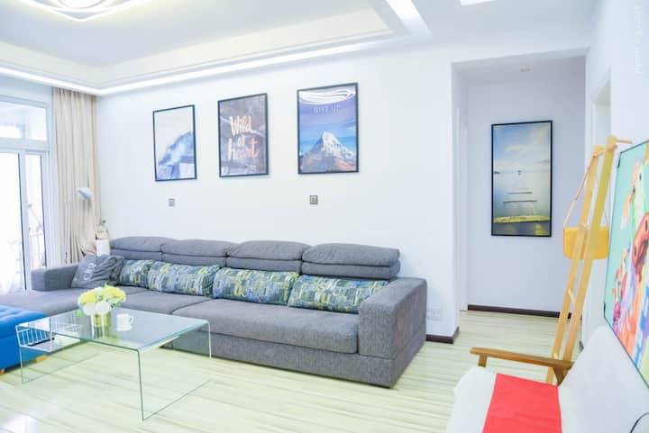 [云朵居]安顺黄果树机场高铁站最近 高品质公寓 大床房 超一万元床价