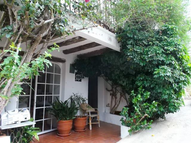 Maison de charme, decor sous le signe des voyages
