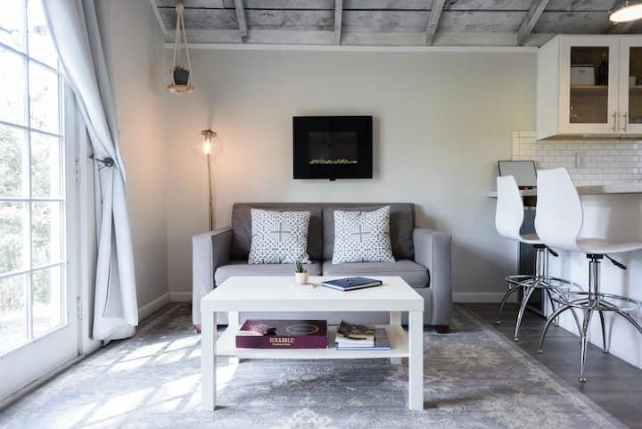 Charming Barn Studio