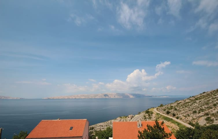 Apartment - 300 m from the beach - Senj