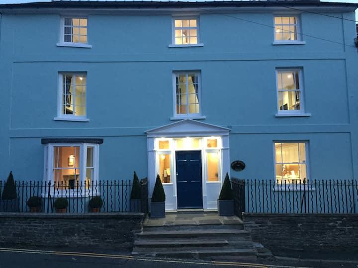 Mount Street House Bed & Breakfast Aberbran Room