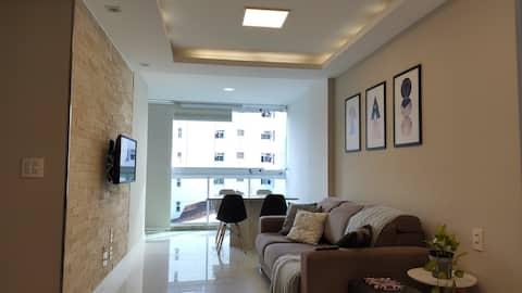Apartamento 2 quartos a duas quadras do mar