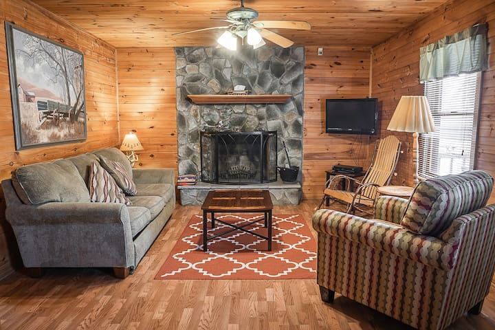 Cabin near Adventures on the Gorge at a good price