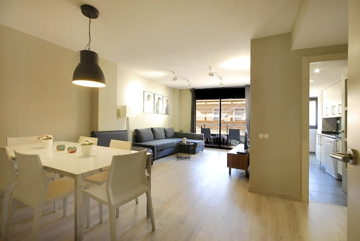 Elegant apartment near Barcelona