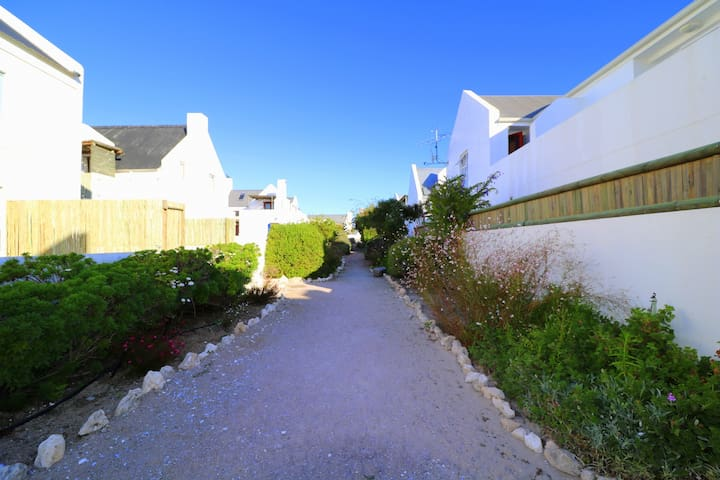 Baywatch - The Cottage - Paternoster - Hus