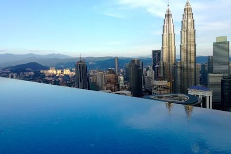 INFINITY  POOL & CONFORTABLE ROOM  KLCC TOWER (04) - Kuala Lumpur - Apartment-Hotel