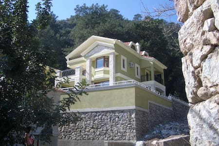 Luxury private Villa Botanika in Turunc