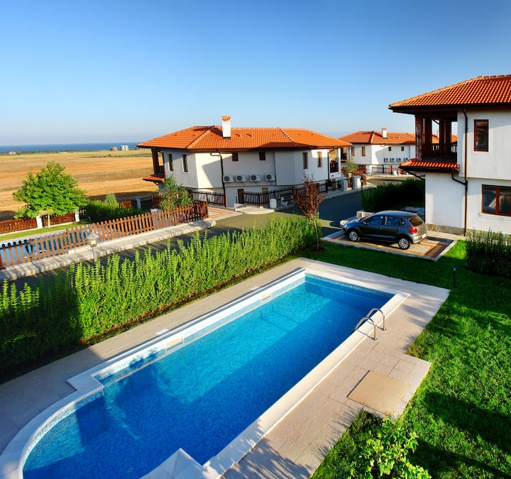 Amazing see Villa, situated in the cereal fields.