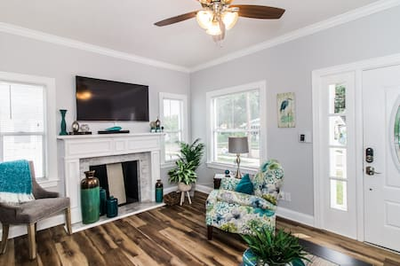 Florida Southern Luxury Cottage Retreat