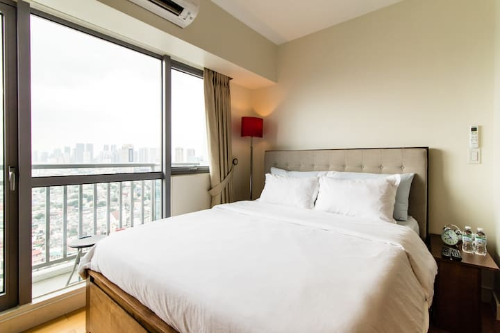 1Bed by Missoni Homes @ Acqua Private  Residences