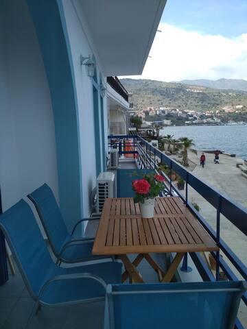 Marilena Seaside House