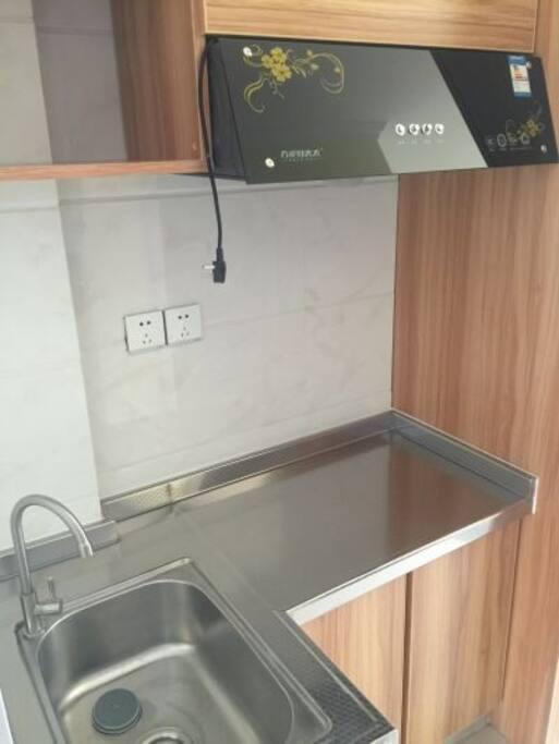 简易厨房(只能用电)