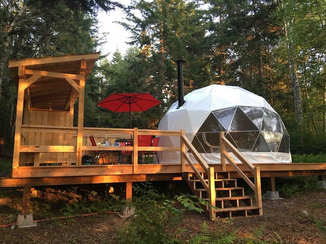 """Star Dome"" at the Belleisle Bayview Retreat"