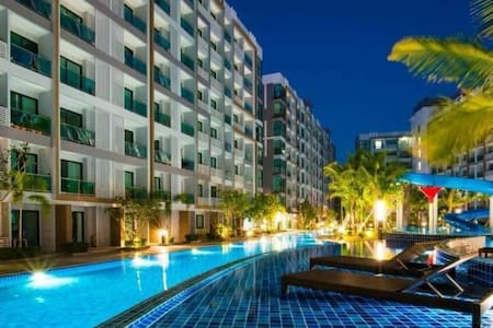 Dusit Grand Park Studio Apartment with Free Wi Fi