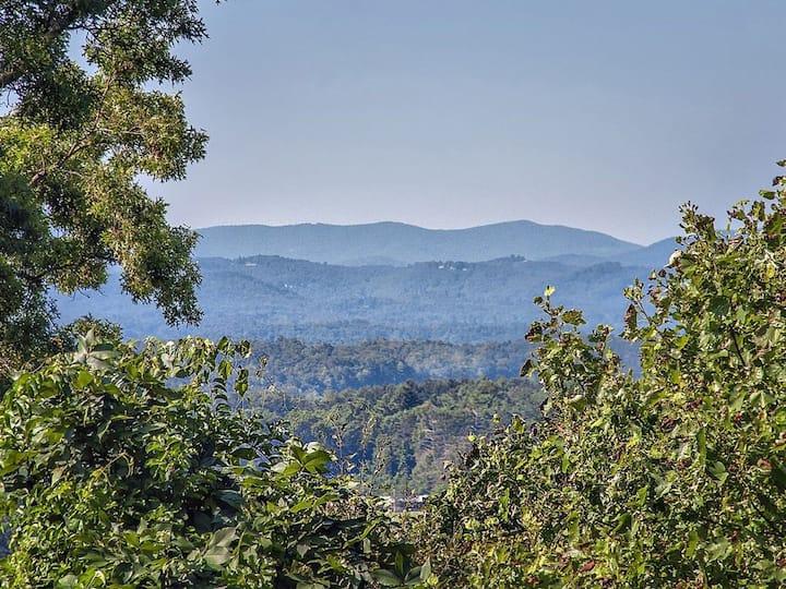 Cozy Mountain Retreat -  Views, Fire Pit & Hot Tub