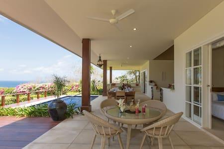 1-2BR Hidden Oceanview Villa - Pandawa Beach