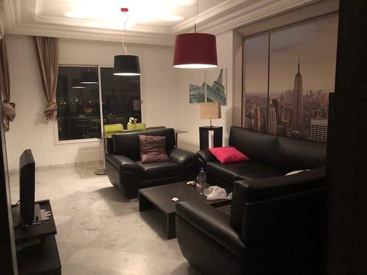Joli Appartement 3 chambres à Cité Ennasr/ Tunis
