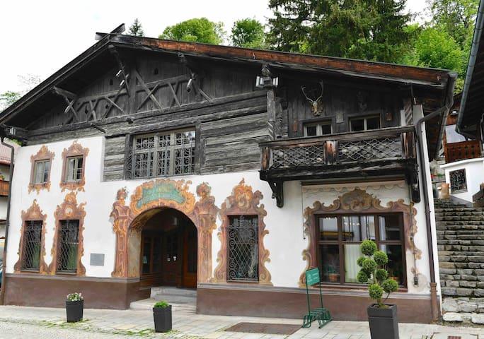 Historic Gem in old Partenkirchen
