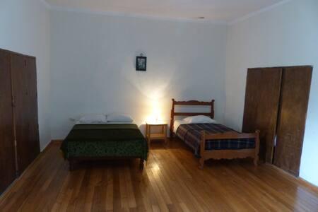 Casa de campo con tres habitaciones