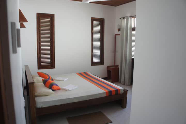 Sam's Guest House -Superior Room 30% Off